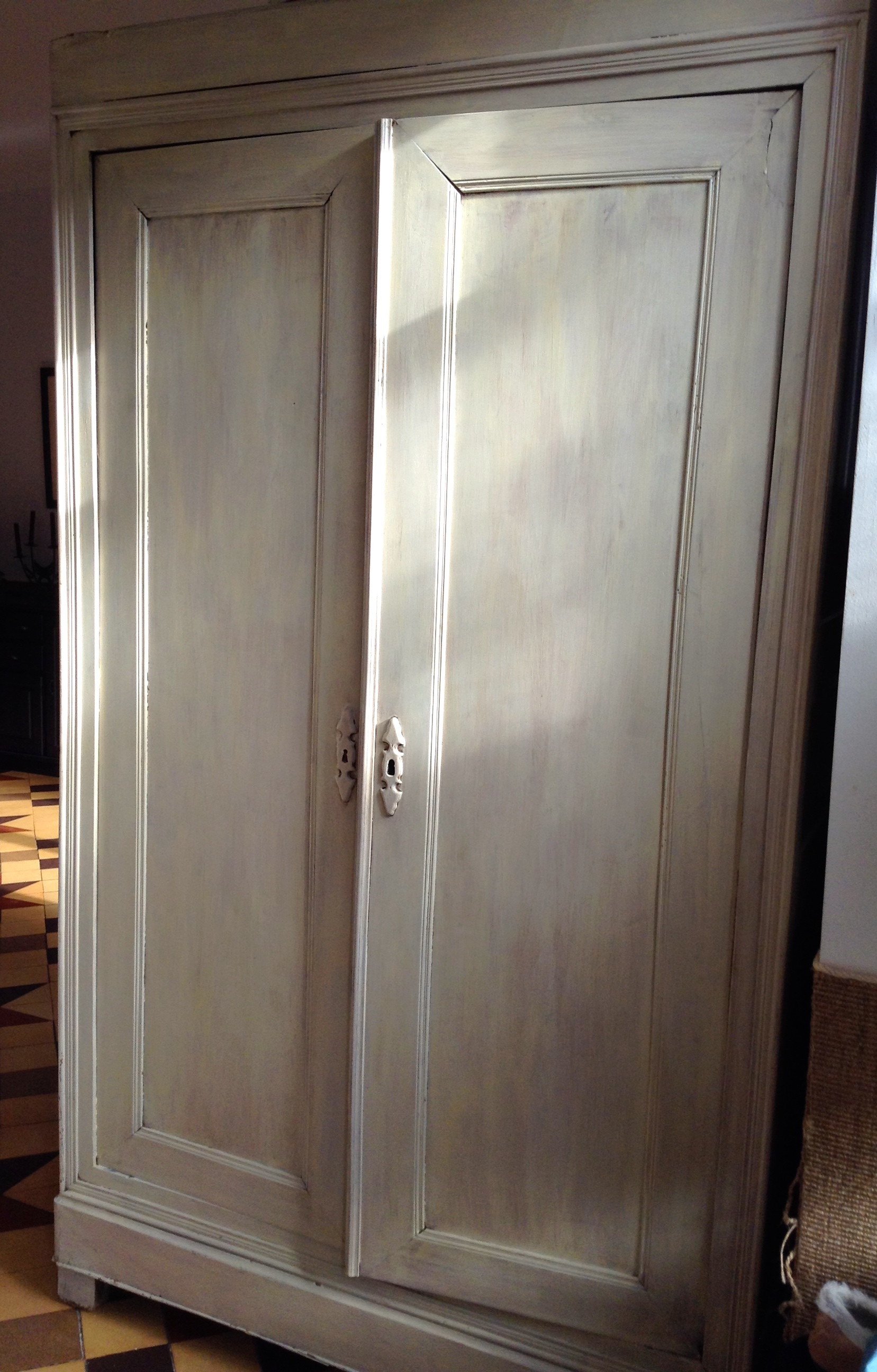 relooker vieux meuble free de vieux meubles with relooker vieux meuble relooking meuble peint. Black Bedroom Furniture Sets. Home Design Ideas