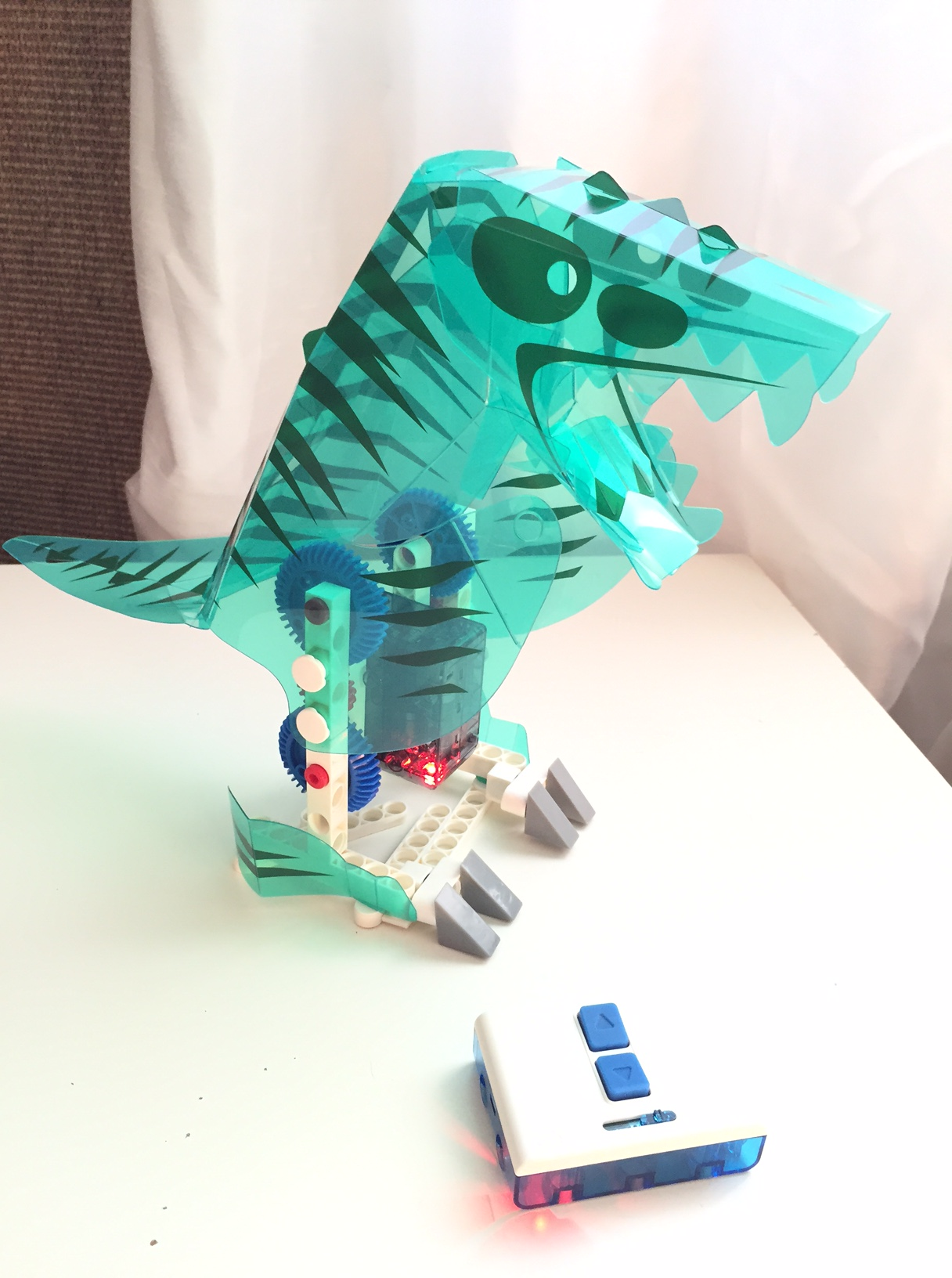 Animaux Télécommandés Buki : King Jouet, Lego, planchettes & autres Buki